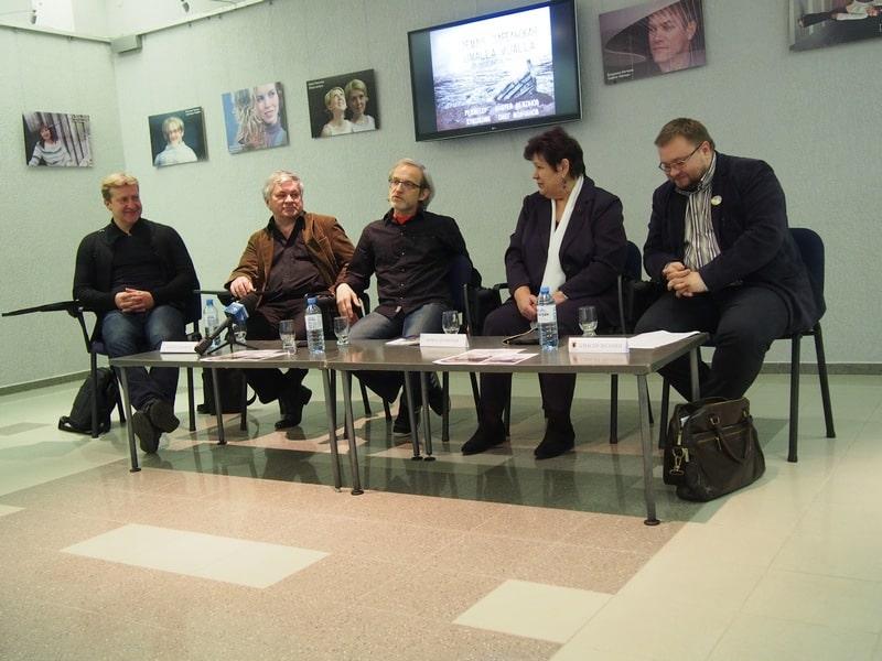 На пресс-конференции в Национальном театре (справа налево): Алексей Лесонен, Ирина Шумская, Сергей Пронин, Андрей Дежонов, Олег Молчанов