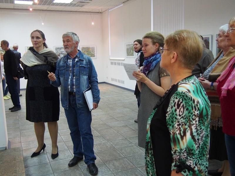 В Городском выставочном зале Петрозаводска открылась выставка «Из века в век» известного мурманского художника Виталия Бубенцова. Фото Ирины Ларионовой