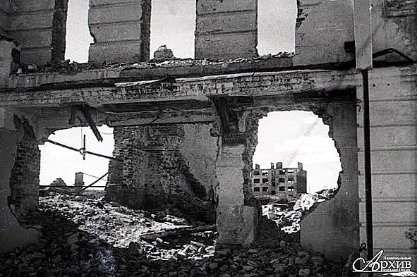 Таким увидел Петрозаводск Петр Беззубенко, когда попал в освобожденный город в июне 1944-го