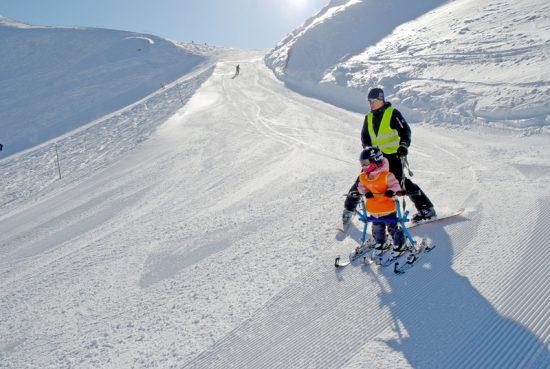 В Красной Поляне дети c ДЦП встают на лыжи. Фото с сайта www.snowlinks.ru