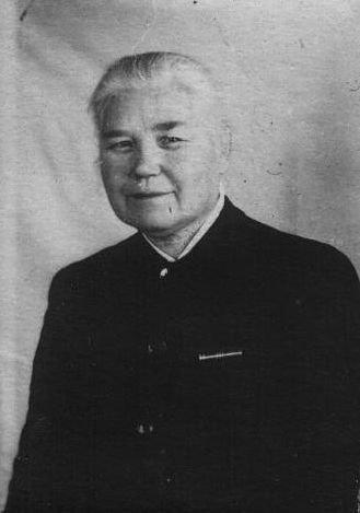 Надежда Матвеевна Свинцова, урождённая Бадьина, моя бабушка