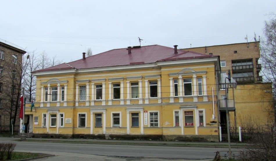 Страница 6. Дом купца Фершукова в 2013 году. С фотографии Е. Ициксон