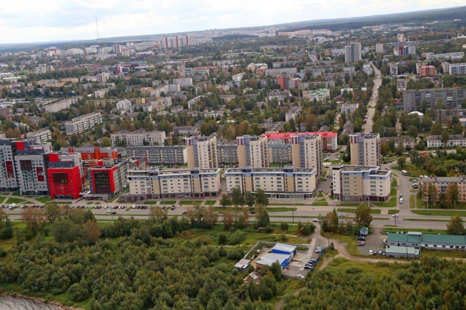 И эта мелкая собственность готова превратиться в жилые комплексы. Фото Владимира Ларионова