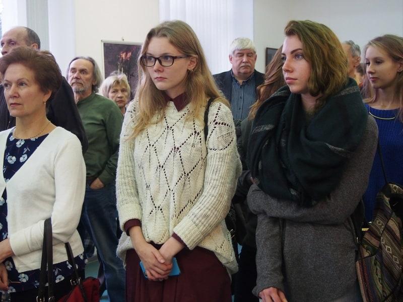 Александр Трифонов на вернисаже. Фото Ирины Ларионовой