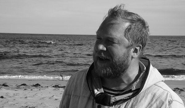 Дмитрий Новиков на Белом море. Фото Ирины Ларионовой