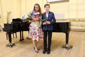 Анастасия Сало и Александр Антипин. Фото из группы vk.com/club15118744