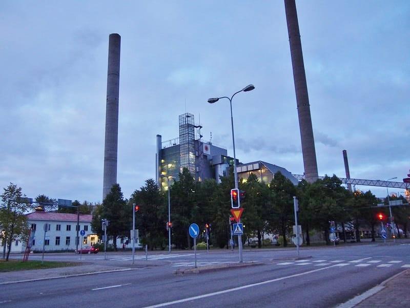 Завод расположен в самом центре города
