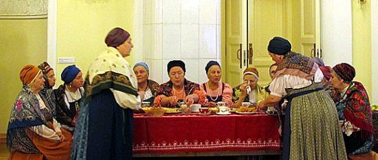 Главным подарком музея 1 октября стало выступление ансамбля «Куделюшка»