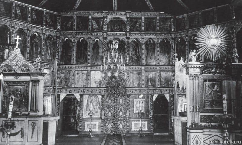 Так выглядел иконостас Преображенской церкви