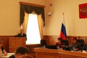 Геннадий Сараев в Законодательном Собрании Карелии. Фото: www.karelia-zs.ru