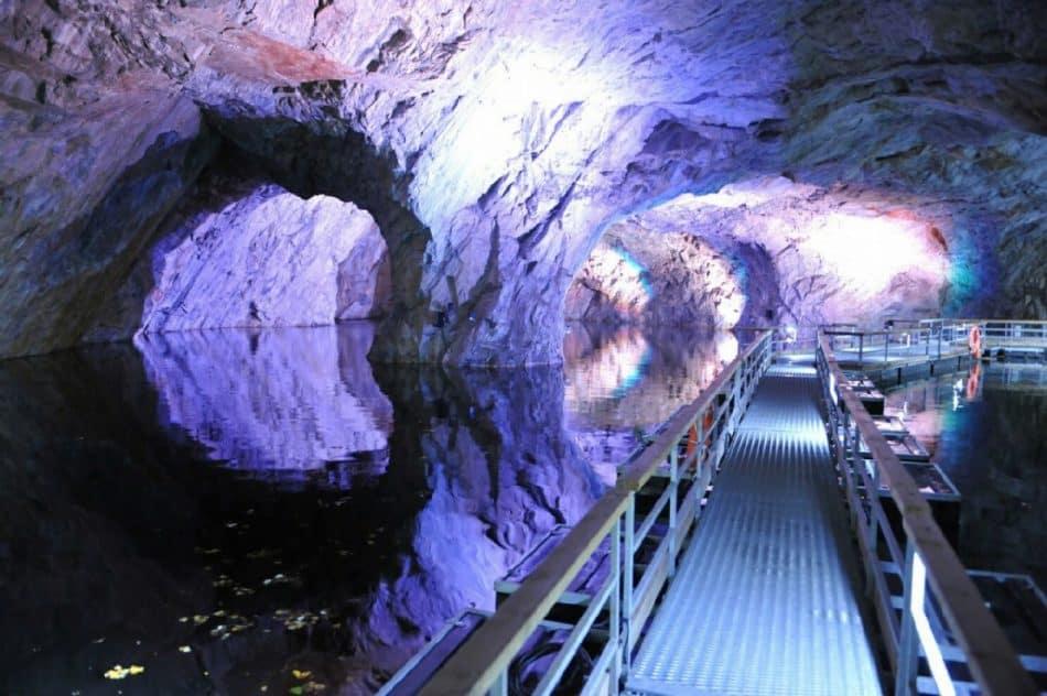 Подземный маршрут в Рускеале