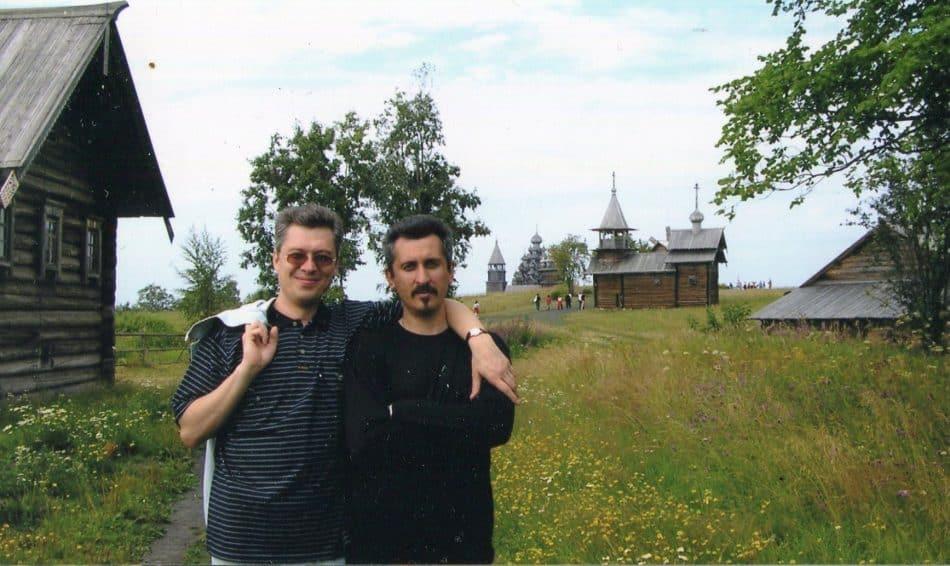 Архитекторы Алексей Скрипицын и Евгений Фролов на острове Кижи