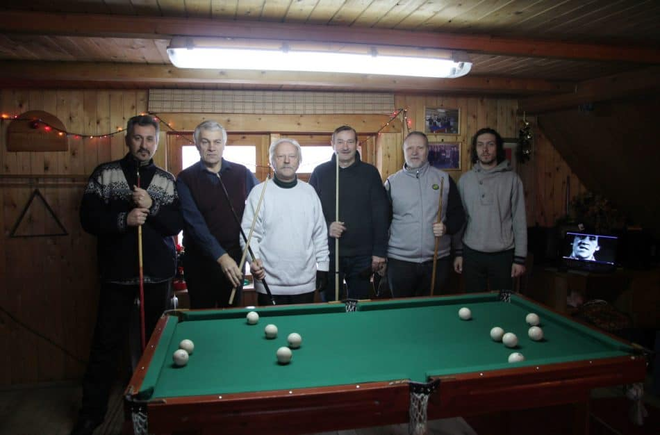 С друзьями на турнире по бильярду