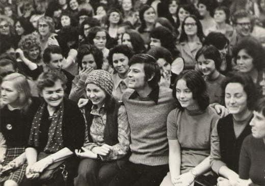 Дин Рид среди студентов Петрозаводска. Фото из архива выпускников иняза КГПИ