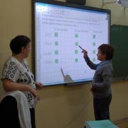 На уроке математики. Фото Марии Голубевой