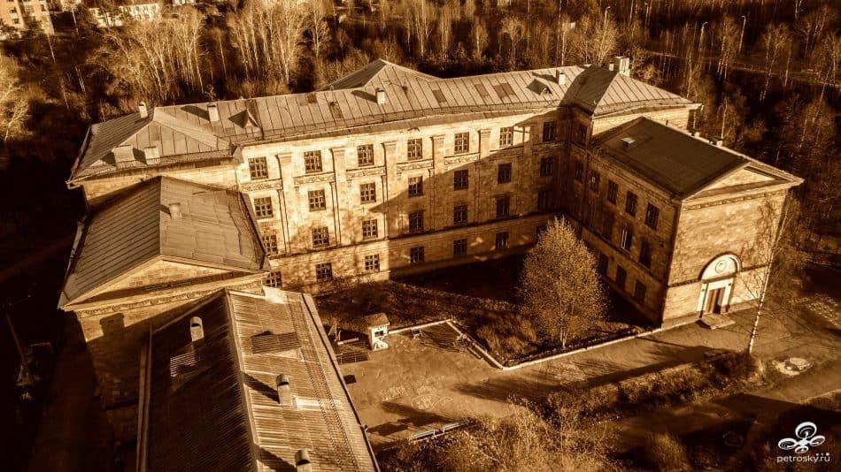 Школа искусств на ул. Ленинградской. Архитектор Эви Кулл