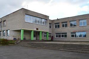 Средняя школа в Ведлозере. Фото: elaigu.ru