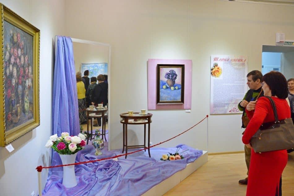 """На выставке """"Тайна цветка"""" в Музее изобразительных искусств Карелии. Фото: vk.com/rk_artmuseum"""