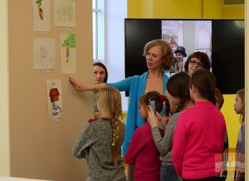 На выставке «Мы сами иллюстрируем книжку»! в НБ РК