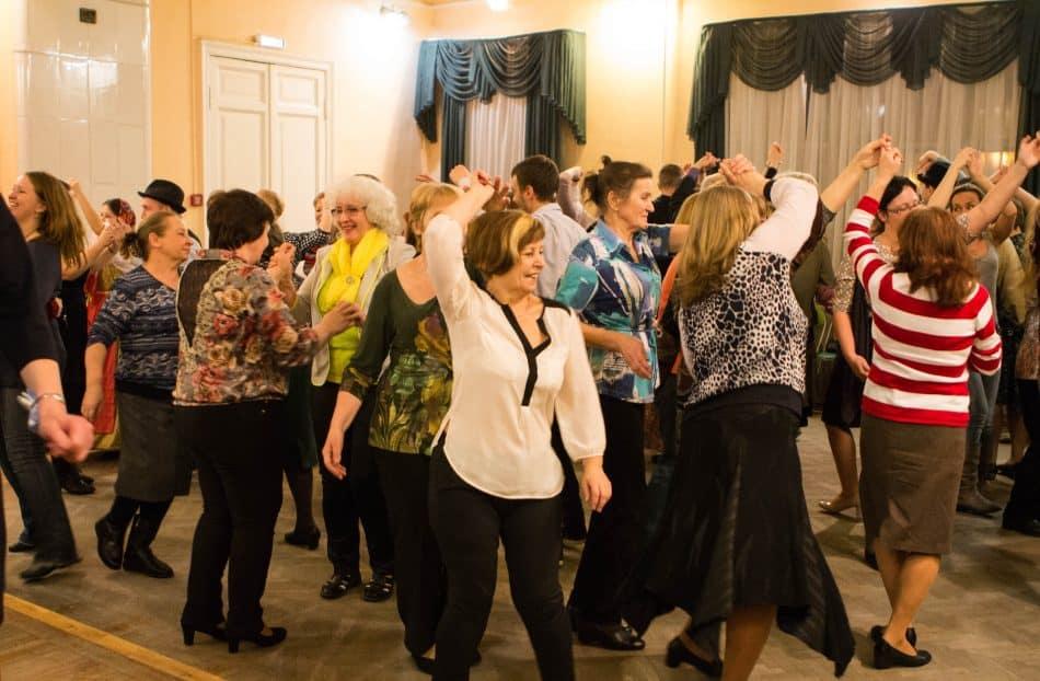 В Центре национальных культур и народного творчества прошёл вечер Hienoja tansseja Karjalassa. Фото Юлии Тапио