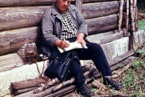 Юрий Ушаков во время одной из своих экспедиций