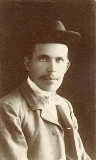 Василий Еремеев-Ряйхя. Ок. 1907 г. Архив Карельского просветительского общества