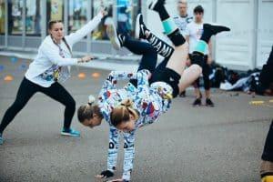 Занятие по скиппингу проводит Елена Полторыхина из Москвы, участница конгресса. Фото: vk.com/club160135260