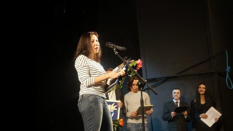 Награда кордебалету в спектакле Музыкального театра Карелии «Лебединое озеро»