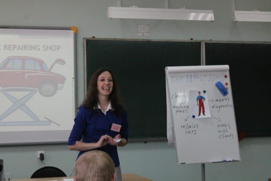 Конкурсное занятие в Петрозаводском автотранспортном техникуме. Фото: patt.karelia.ru