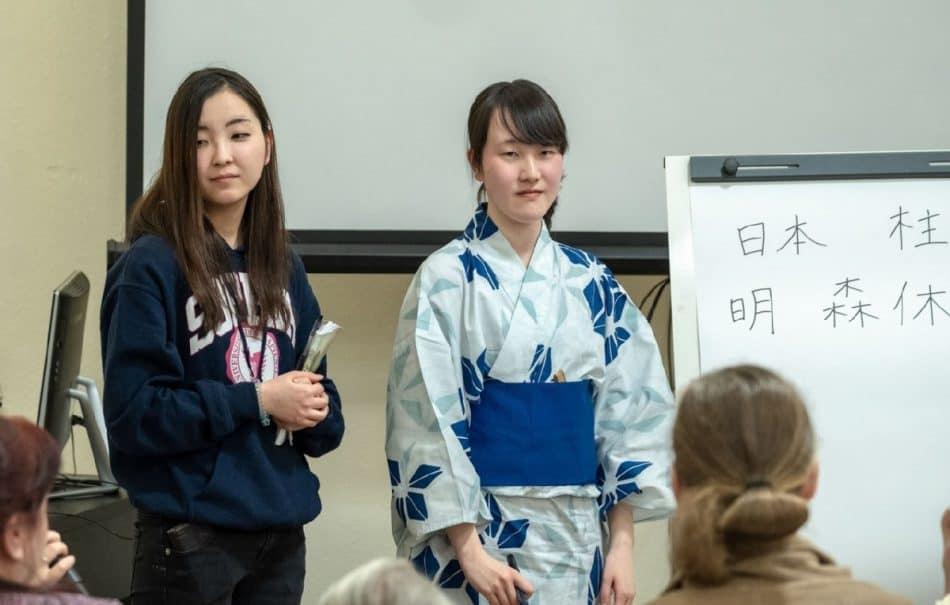 Урок японского в Кондопожской центральной районной библиотеке