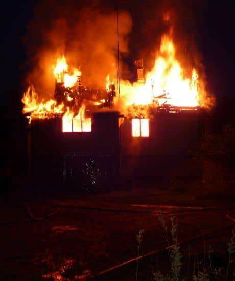 Пожар в деревне Ууксу