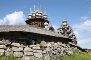 Объявлен конкурс на разработку дизайн-проекта брендбука музея «Кижи»