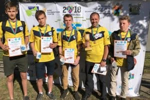 Команда Петрозаводского автотранспортного техникума за 45 мин собрала 49 мешков мусора