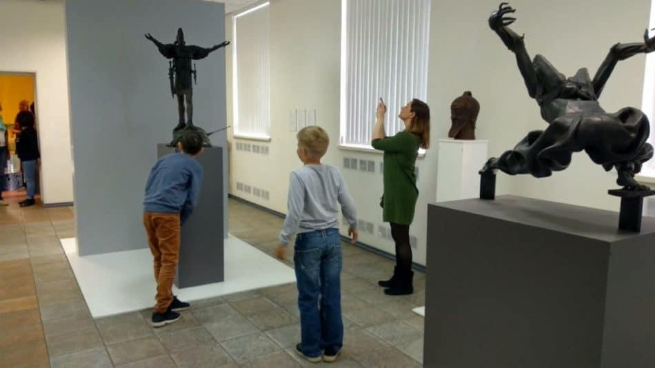 На выставке Павла Калтыгина в Городском выставочном зале