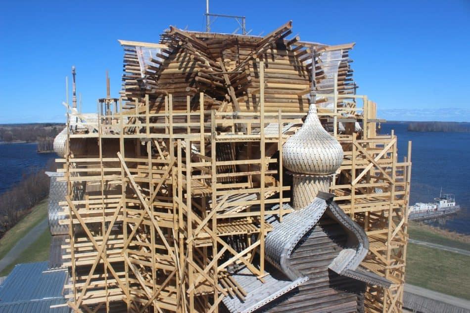 Реставрация Преображенской церкви на острове Кижи