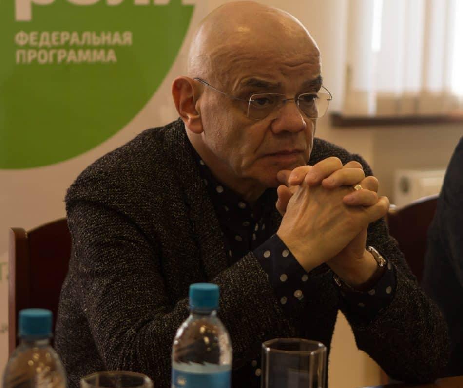 Константин Райкин на пресс-конференции в Музыкальном театре Карелии. Фото Юлии Тапио