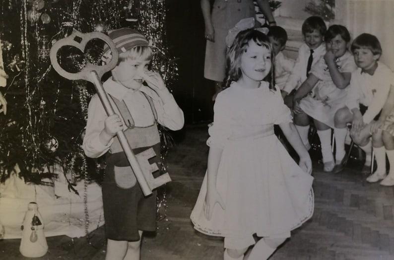 Почему бы не сыграть Буратино, как в детстве?