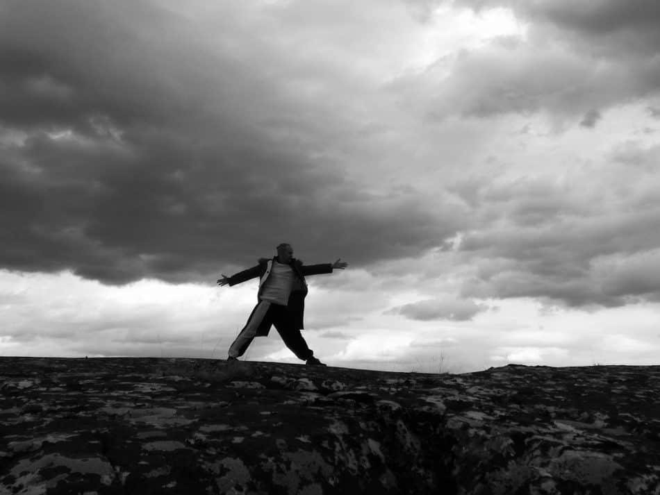 """23 июня в 18.00 премьера спектакля """"Затерянный в горизонте"""" на сцене Национального театра Карелии. Спектакль создан в рамках международной творческой лаборатории """"Затерянный в горизонте"""", организатором которой является театр """"Самовар"""" (Норвегия). В спектакле заняты актеры Национального театра Карелии, Театра кукол РК, Норвегии и Литвы"""