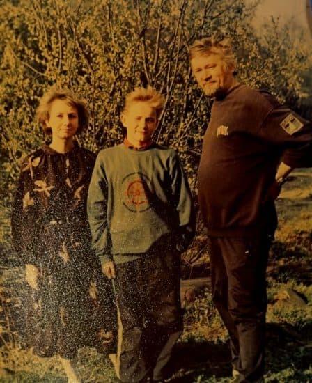 Слава с мамой Эйлой Тимонен и отцом Вячеславом Поляковым