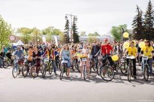 В Петрозаводске провели джинсовый велопарад