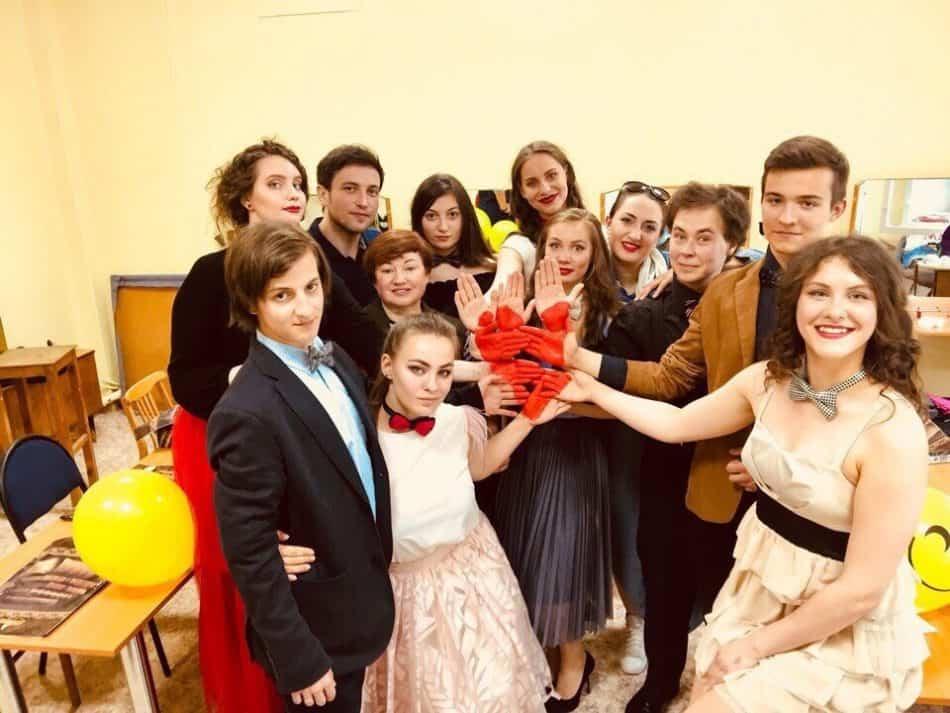 Фото из группыvk.com/teatrodin