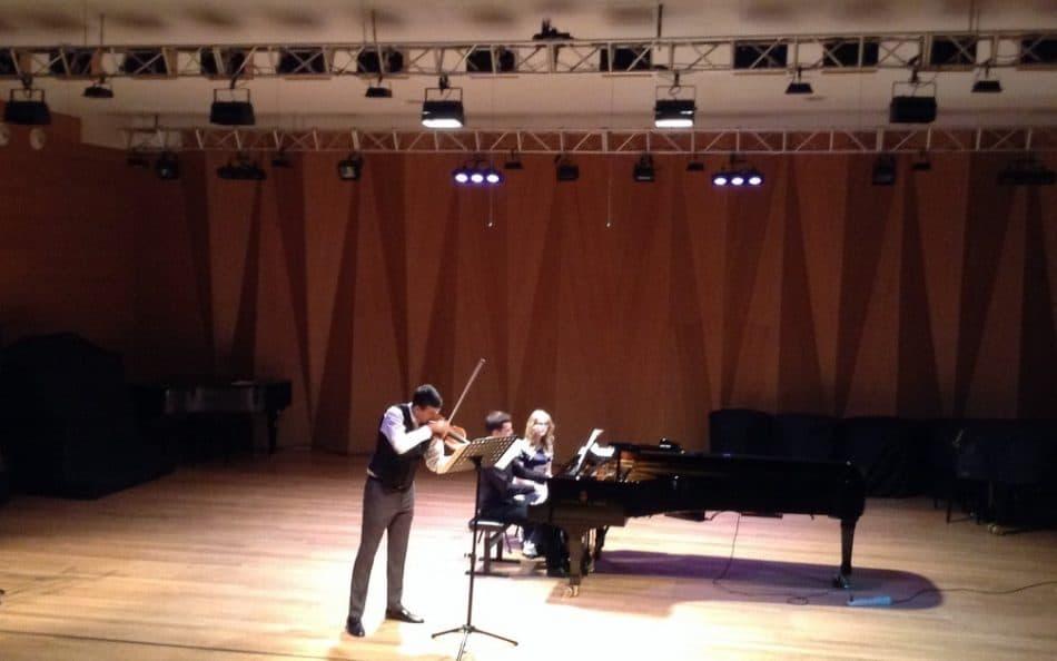 Гийом Паш и Александр Шайкин в Большом зале Петрозаводской консерватории