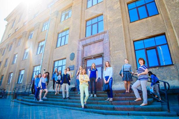 Фото с сайта ПетрГУ