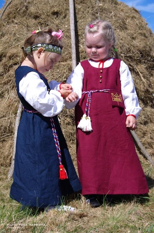 Самые маленькие участники праздника. Фото Юрия Наумова