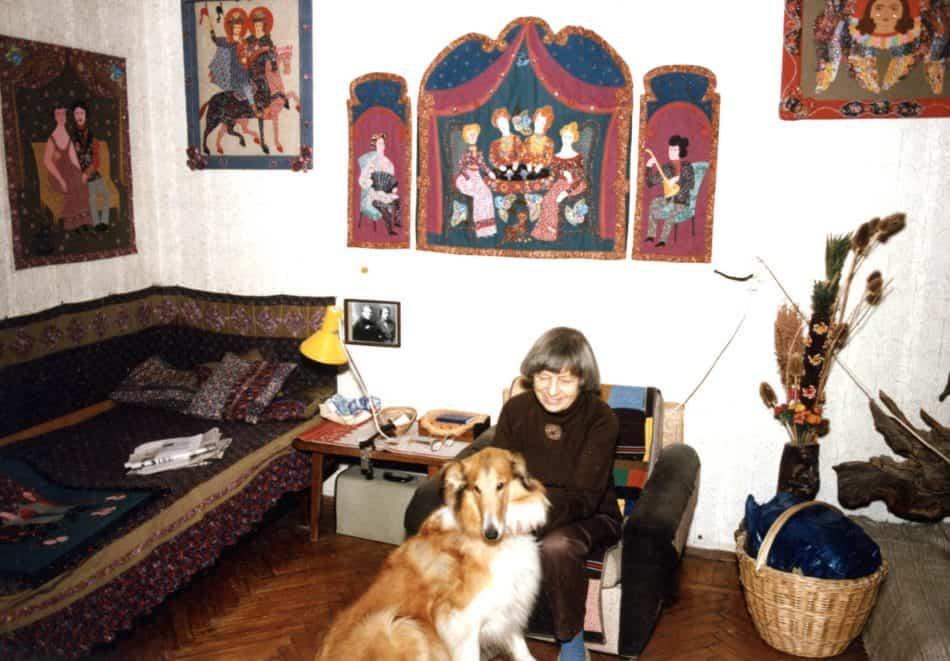 Марина Старченко в своей московской квартире