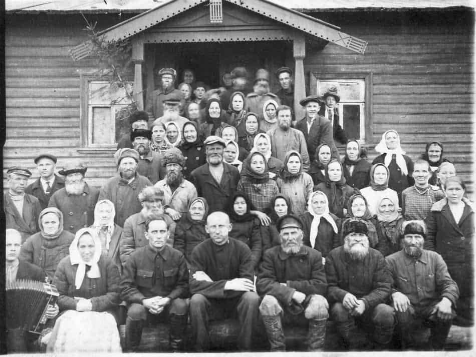 Колхозники Фоймогубы. Снимок сделан перед Великой Отечественной войной