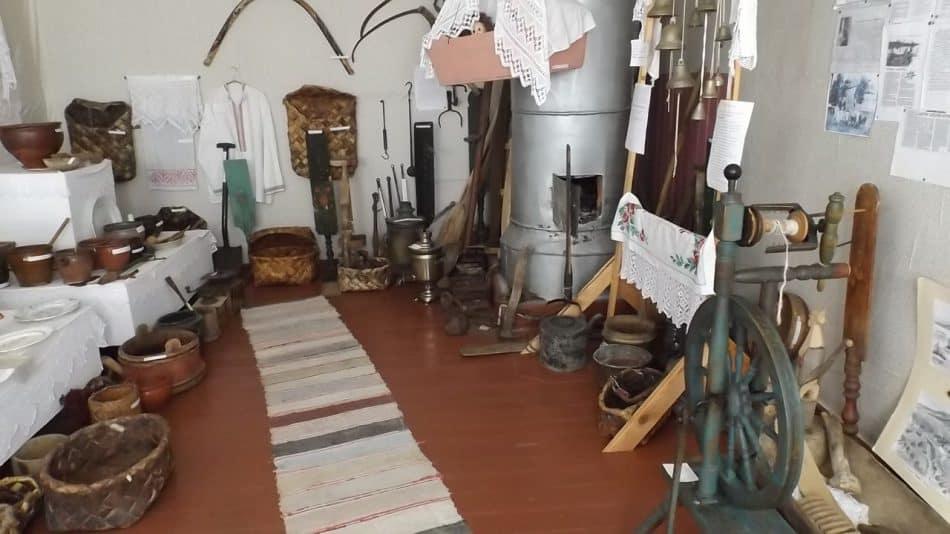 А это деревенский музей