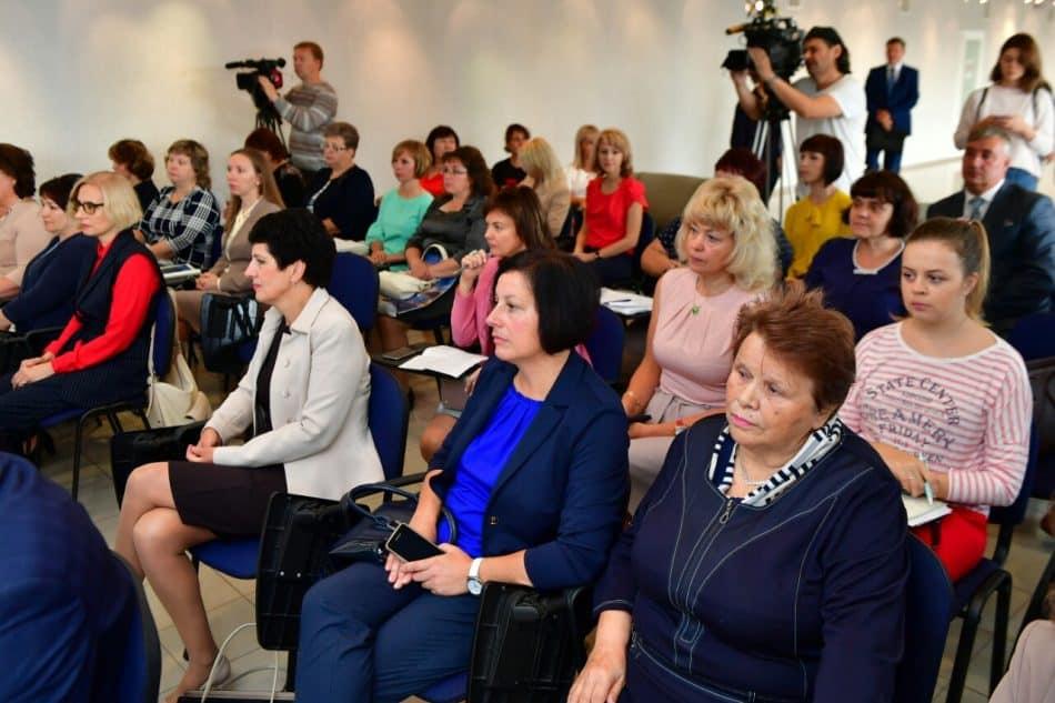 Участники круглого стола. Фото пресс-службы Главы РК
