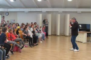 Мастер-класс на прошлогоднем  кинофестивале «Детский киномай». Фото: Анастасия Гастин