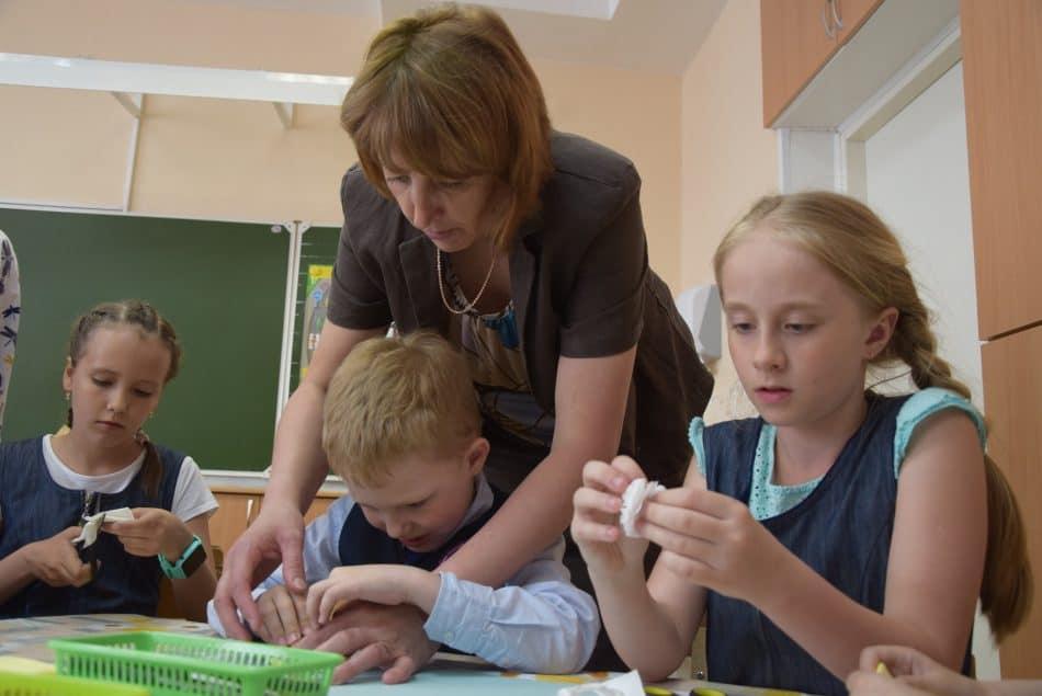 Не менее половины учителей должны будут пройти переподготовку. Фото Марии Голубевой